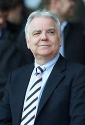 05.05.2013, Anfield, Liverpool, ENG, Premier League, FC Liverpool vs FC Everton, 36. Runde, im Bild Everton's chairman and owner Bill Kenwright during the English Premier League 36th round match between Liverpool FC and Everton FC at Anfield, Liverpool, Great Britain on 2013/05/05. EXPA Pictures © 2013, PhotoCredit: EXPA/ Propagandaphoto/ David Rawcliffe..***** ATTENTION - OUT OF ENG, GBR, UK *****