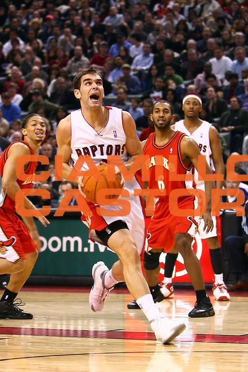 DESCRIZIONE : Toronto Campionato NBA 2006-2007 Toronto Raptors-Atlanta Hawks<br /> GIOCATORE : Calderon<br /> SQUADRA : Toronto Raptors <br /> EVENTO : Campionato NBA 2006-2007 <br /> GARA : Toronto Raptors Atlanta Hawks<br /> DATA : 10/11/2006 <br /> CATEGORIA : <br /> SPORT : Pallacanestro <br /> AUTORE : Agenzia Ciamillo-Castoria/E.Castoria<br /> Galleria : NBA 2006-2007 <br /> Fotonotizia : Toronto Campionato NBA 2006-2007 Toronto Raptors-Atlanta Hawks<br /> Predefinita :