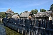 Pfahlbauten im Pfahlbau-Museum Unteruhldingen, Überlinger See, Bodensee, Baden-Württemberg, Deutschland FREIGABE FÜR REDAKTIONELLE VERWENDUNG