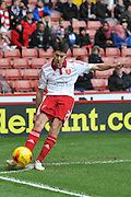 Sheffield United midfielder Ryan Flynn takes corner during the Sky Bet League 1 match between Sheffield Utd and Port Vale at Bramall Lane, Sheffield, England on 20 February 2016. Photo by Ian Lyall.