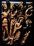 Carved panels showing the scenes of the Annunciation and the Adoration of the Magi, alabaster, gilding and paint. 1400-1500, unprovenanced.