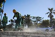 Port Elizabeth, the windy city. Omstandigheden kunnen zwaar zijn tijdens de constructiewerken door veel wind en droogte.