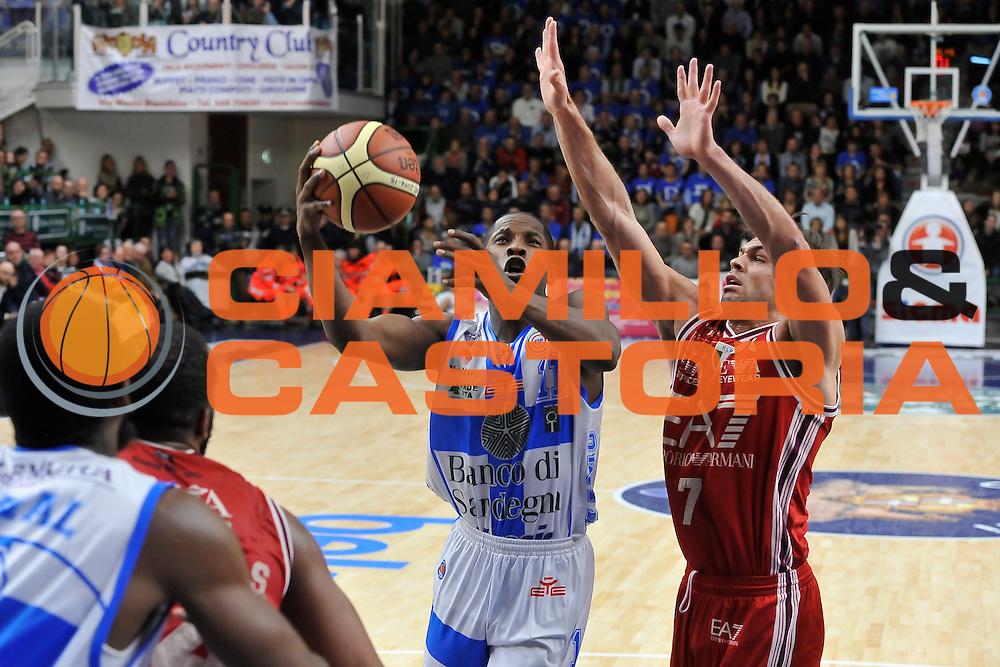 DESCRIZIONE : Campionato 2014/15 Dinamo Banco di Sardegna Sassari - Olimpia EA7 Emporio Armani Milano<br /> GIOCATORE : Jerome Dyson<br /> CATEGORIA : Tiro Penetrazione Sottomano<br /> SQUADRA : Dinamo Banco di Sardegna Sassari<br /> EVENTO : LegaBasket Serie A Beko 2014/2015<br /> GARA : Dinamo Banco di Sardegna Sassari - Olimpia EA7 Emporio Armani Milano<br /> DATA : 07/12/2014<br /> SPORT : Pallacanestro <br /> AUTORE : Agenzia Ciamillo-Castoria / Luigi Canu<br /> Galleria : LegaBasket Serie A Beko 2014/2015<br /> Fotonotizia : Campionato 2014/15 Dinamo Banco di Sardegna Sassari - Olimpia EA7 Emporio Armani Milano<br /> Predefinita :