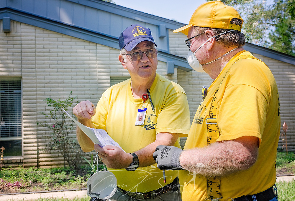 Southern Baptist Disaster Relief unit leader Brian Batchelder, of Broadview Baptist Church in Abilene, Texas; goes over mud out instructions with volunteer Bill Rea, of Mission Dorado Baptist Church in Odessa, Texas; Sept. 6, 2017, at a flooded home in Houston, Texas. Homeowner Paul Matlock's home was inundated with more than six feet of water when Hurricane Harvey dumped more than 51 inches of rainfall in mid-August. SBDR volunteers are working this week to clear the mud and debris from the 3,600-square-foot home. (Photo by Carmen K. Sisson)