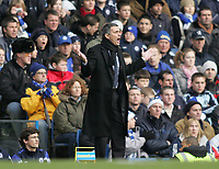 Photo: Lee Earle.<br /> Chelsea v Fulham. The Barclays Premiership. 26/12/2005.Chelsea manager Jose Mourinho.