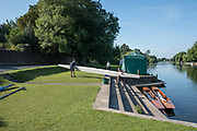 "Maidenhead, United Kingdom.  Removing the punt from the River.  ""Thames Punting Club Regatta"", Bray Reach.<br /> 08:51:10 Sunday  06/08/2017<br /> <br /> [Mandatory Credit. Peter SPURRIER Intersport Images}.<br /> <br /> LEICA Q (Typ 116) 28mm  f1.7   1/3200 /sec    100 ISO River Thames, .......... Summer, Sport, Sunny, Bright, Blue Skies, Skilful,"