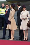 Staatsbezoek Denemarken - Dag 1. Aankomst van het Koninklijk gezelschap op vliegveld Kastrup<br /> <br /> State visit Denmark - Day 1. Arrival of the Royal Family at Kastrup airport<br /> <br /> op de foto / On the photo: prins Frederik en prinses Mary met Prins Joachim en Prinses Marie / prince Frederik en prinsess Mary met Prince Joachim en Prinsses Marie