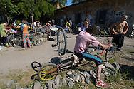Critical Mass Nazionale, partenza dal centro sociale Ex Snia Viscosa su via Prenestina