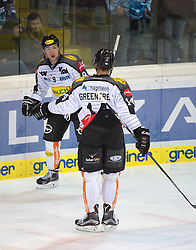 09.10.2015, Keine Sorgen Eisarena, Linz, AUT, EBEL, EHC Liwest Black Wings Linz vs Dornbirner Eishockey Club, 9. Runde, im Bild Jamie Arniel (Dornbirner Eishockey Club) und Kyle Greentree (Dornbirner Eishockey Club) feiern // during the Erste Bank Icehockey League 9th round match between EHC Liwest Black Wings Linz and Dornbirner Eishockey Club at the Keine Sorgen Icearena, Linz, Austria on 2015/10/09. EXPA Pictures © 2015, PhotoCredit: EXPA/ Reinhard Eisenbauer