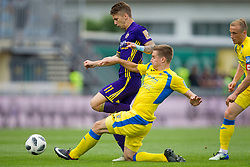 Luka Zahovic of NK Maribor and Haber Dobrovoljc of NK Domzale during football match between NK Domzale and NK Maribor in Round #32 of Prva liga Telekom Slovenije 2017/18, on May 9, 2018 in Sports park Domzale, Domzale, Slovenia. Photo by Urban Urbanc / Sportida