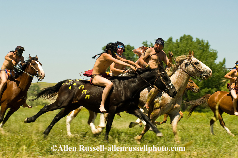 Custers Last Stand Reenactment, Battle of the Little Bighorn, Crow Indian Reservation, Montana, indian warriors attack 7th Cavalry