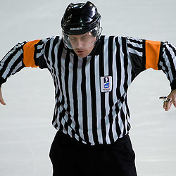 20090315: Ice Hockey - Refeeree's signs