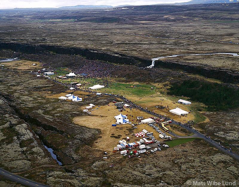 Ly&eth;veldish&aacute;ti&eth;inn &aacute; &THORN;ingv&ouml;llum 1994, &THORN;ingvallahreppur /  <br /> Celebrating the Icelandic Republic 50 year. Thingvellir  1994. Thingvallahreppur. <br /> -  New county name: Bl&aacute;sk&oacute;gabygg&eth; /  Blaskogabyggd.