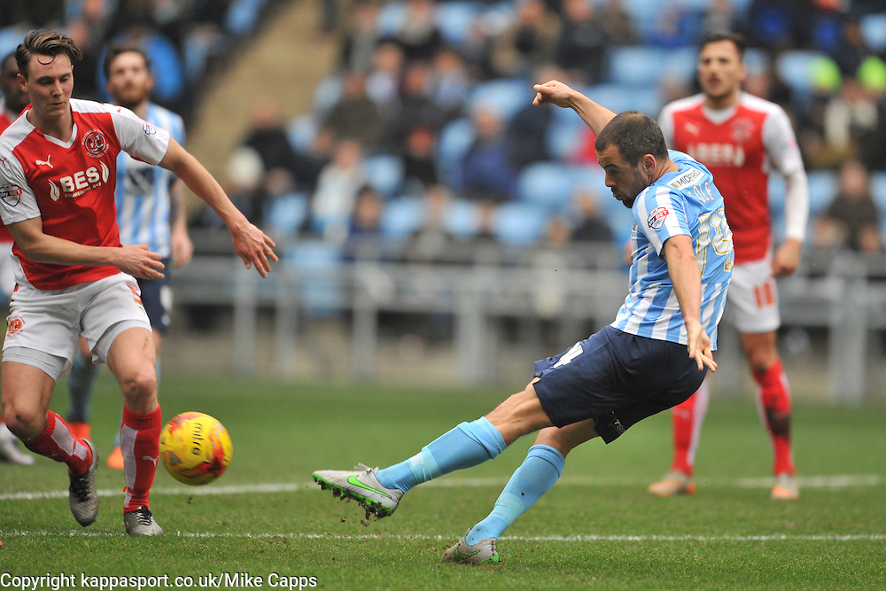ADAM ARMSTRONG COVENTRY CITY, BATTLES WITH FLEETWOODS VICTOR NIRENNOLD, COVENTRY JOE COLE TRYS A SHOT ON GOAL, Coventry City v Fleetwood Town Ricoh Arena, Sky Bet League One Saturday 27th February 2016