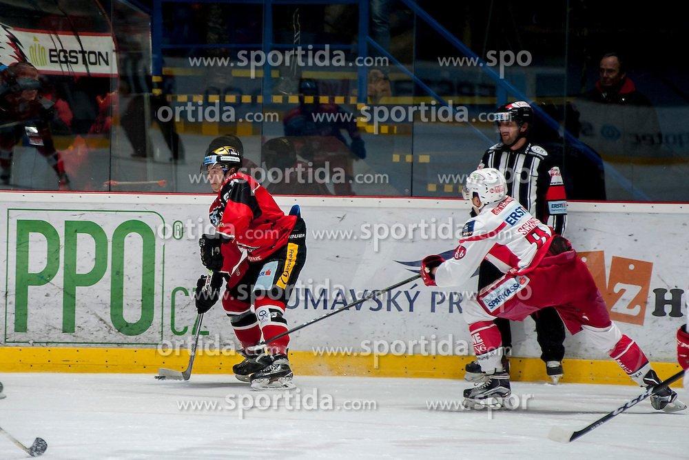 13.01.2017, Ice Rink, Znojmo, CZE, EBEL, HC Orli Znojmo vs EC KAC, 43. Runde, im Bild v.l. Patryk Wronka (HC Orli Znojmo) Ramon Schnetzer (EC KAC) // during the Erste Bank Icehockey League 43th round match between HC Orli Znojmo and EC KAC at the Ice Rink in Znojmo, Czech Republic on 2017/01/13. EXPA Pictures © 2017, PhotoCredit: EXPA/ Rostislav Pfeffer