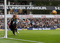 Football - 2016 / 2017 Premier League - Tottenham Hotspur vs. Leicester City<br /> <br /> Kasper Schmeichel of Leicester City dives to his right at White Hart Lane.<br /> <br /> COLORSPORT/DANIEL BEARHAM
