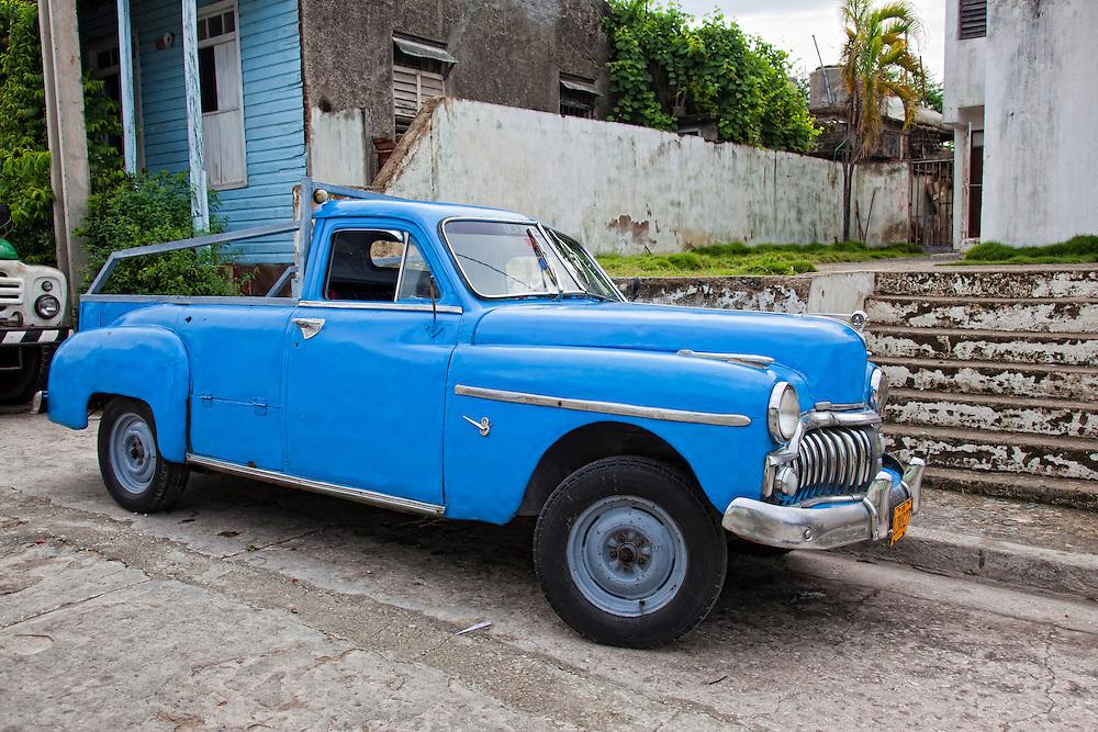 Old car in Santiago de Cuba, Cuba. | Robin Thom Photography