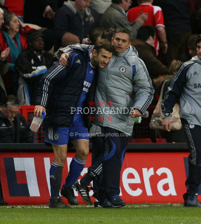 London, England - Tuesday, January 23, 2007: Chelsea's Andriy Shevchenko and manager Jose Mourinho at the end against Charlton Athletic during the Premiership match at the Valley. (Pic by Chris Ratcliffe/Propaganda)
