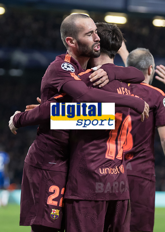 Football - 2017 / 2018 UEFA Champions League - Round of Sixteen, First Leg: Chelsea vs. Barcelona<br /> <br /> Aleix Vidal (Barcelona) congratulates goalscorer Lionel Messi (Barcelona) at Stamford Bridge.<br /> <br /> COLORSPORT/DANIEL BEARHAM