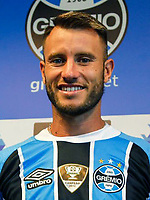 Brazilian Football League Serie A / <br /> ( Gremio Foot-Ball Porto Alegrense ) - <br /> Gaston Fernandez