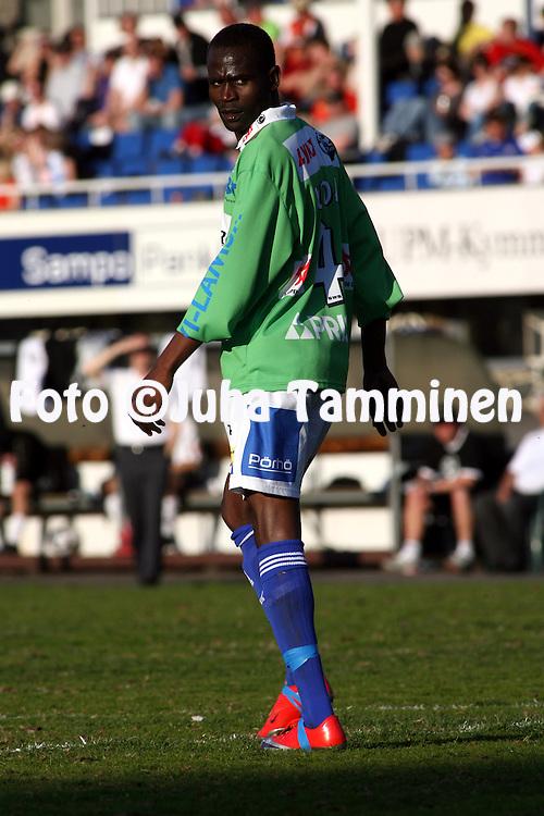 17.05.2009, Tehtaankentt?, Valkeakoski, Finland..Veikkausliiga 2009 - Finnish League 2009.FC Haka Valkeakoski - Rovaniemen Palloseura.Stephen Kunda - RoPS.©Juha Tamminen.