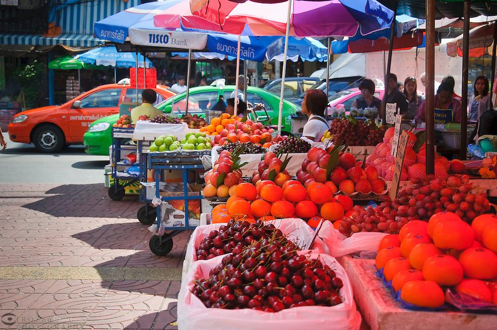 Fruit market in Chinatown, Bangkok, Thailand