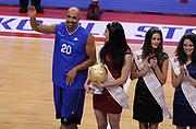 DESCRIZIONE : Biella Beko All Star Game 2012-13<br /> GIOCATORE : Carlton Mayers<br /> CATEGORIA : Gara tiri three Points Premiazione<br /> SQUADRA : <br /> EVENTO : All Star Game 2012-13<br /> GARA : Italia All Star Team<br /> DATA : 16/12/2012 <br /> SPORT : Pallacanestro<br /> AUTORE : Agenzia Ciamillo-Castoria/A.Giberti<br /> Galleria : FIP Nazionali 2012<br /> Fotonotizia : Biella Beko All Star Game 2012-13<br /> Predefinita :