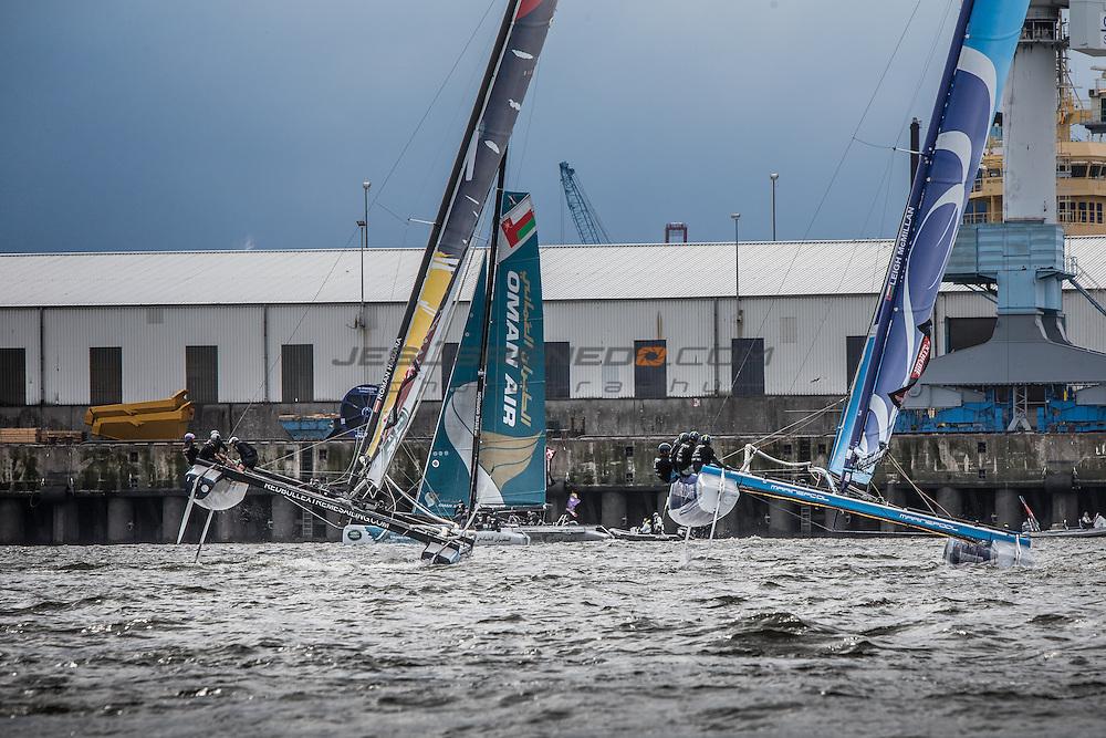 2015 Extreme Sailing Series - Act 5 - Hamburg.<br /> The Wave, Muscat skippered by Leigh McMillan (GBR) and crewed by Sarah Ayton (GBR), Pete Greenhalgh (GBR), Ed Smyth (NZL), Nasser Al Mashari (OMA).<br /> Credit Jesus Renedo.