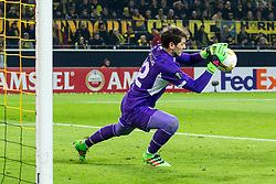 18.02.2016, Signal-Iduna-Stadion, Dortmund, GER, UEFA EL, Borussia Dortmund vs FC Porto, Sechzehntelfinale, Hinspiel, im Bild Torwart Iker Casillas (FC Porto #12) // during the UEFA Europa League Round of 32, 1st Leg match between Borussia Dortmund and FC Porto at the Signal-Iduna-Stadion in Dortmund, Germany on 2016/02/18. EXPA Pictures © 2016, PhotoCredit: EXPA/ Eibner-Pressefoto/ Schueler<br /> <br /> *****ATTENTION - OUT of GER*****