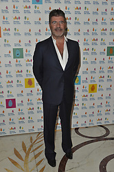 © Licensed to London News Pictures. 30/09/2017. London, UK. SIMON COWELL attends The Shooting Stars Chase Ball at the Dorchester Hotel. The leading children's hospice cares for babies, children and young people with life-limiting conditions, and their families. The Ball is the charity's flagship event and hopes to raise in excess of £100,000 to provide nursing, medical and emotional support to families going through unimaginable circumstances. Photo credit: Ray Tang/LNP
