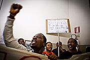 Prima manifestazione dei migranti all'anagrafe centrale di Torino per richiedere la residenza presso le palazzine del villaggio olimpico. Il corteo è giunto fino all'interno degli uffici comunali senza bloccarne le procedure ed attendendo un incontro con le istituzioni. Torino, 19-04-'13.
