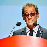8th Film Festival: Remise du prix a C.Deneuve