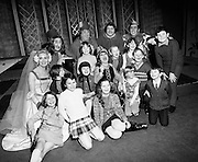 Maureen Potter (centre), and (l-r, back row) Chris Curran, Danny Cummins, Eugene Lambert and Austin Gaffney entertain Belfast Children at the Gaiety Pantomime.<br />