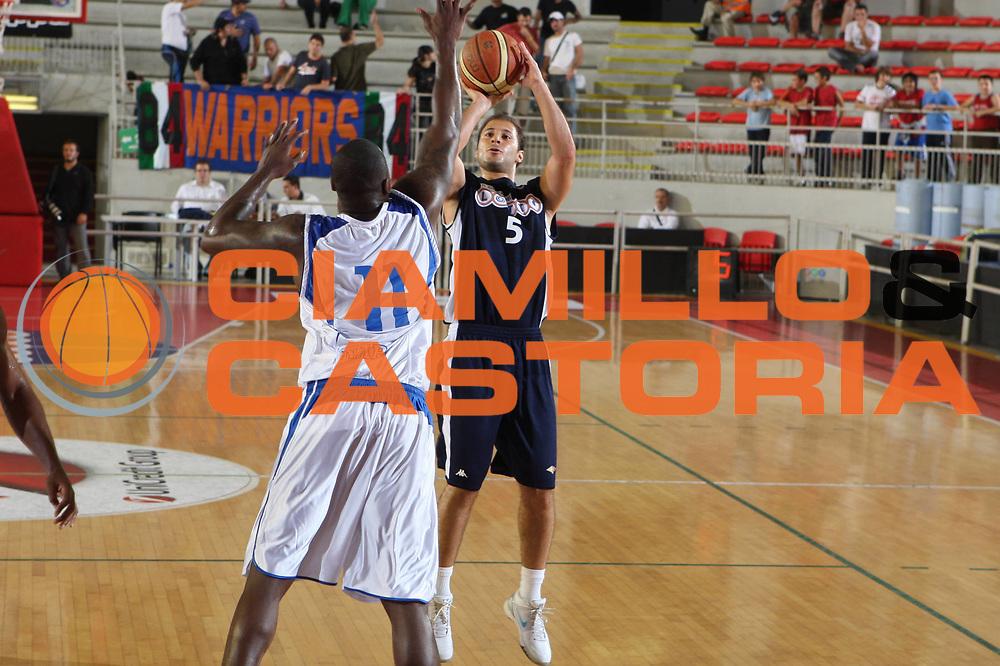 DESCRIZIONE : Roma Lega A 2009-10 Basket Amichevole Lottomatica Virtus Roma Martos Napoli<br />GIOCATORE : Jacopo Giachetti<br />SQUADRA : Lottomatica Virtus Roma <br />EVENTO : Campionato Lega A 2009-2010 <br />GARA : Lottomatica Virtus Roma Martos Napoli<br />DATA : 30/09/2009<br />CATEGORIA : tiro<br />SPORT : Pallacanestro <br />AUTORE : Agenzia Ciamillo-Castoria/G.Ciamillo<br />Galleria : Lega Basket A 2009-2010 <br />Fotonotizia : Roma Lega A 2009-10 Basket Amichevole Lottomatica Virtus Roma Martos Napoli<br />Predefinita :
