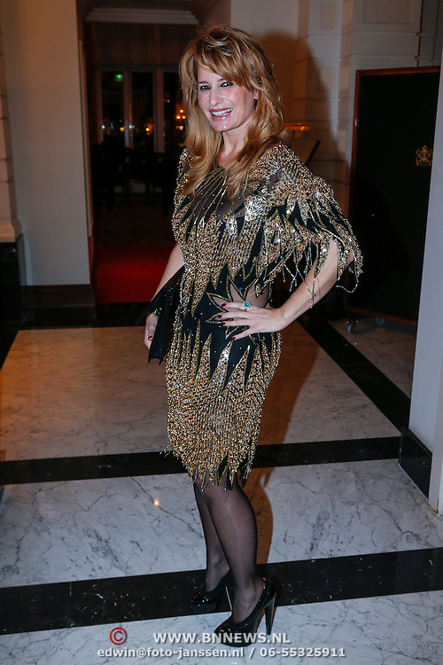 NLD/Amsterdam/20121112 - Beau Monde Awards 2012, Claudia Schoemacher - van Zweden