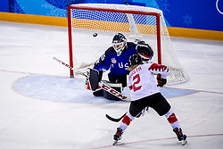 22-02-2018 KOR: Olympic Games day 13, PyeongChang<br /> Final Ice Hockey Canada - USA 2-3 / Madeline Rooney #35 of the United States, Meghan Agosta #2 of Canada