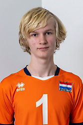 21-12-2018 NED: Photoshoot selection of Orange Young Boys, Arnhem <br /> Orange Young Boys 2018 - 2019 / Siem Ooijman #1
