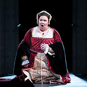 September 23, 2015 - New York, NY : Jamie Barton performs as Jane (Giovanna)  Seymour, Anne's Lady-in-Waiting, in a dress rehearsal for Gaetano Donizetti's 'Anne Bolena' at the Metropolitan Opera at Lincoln Center on Wednesday. CREDIT: Karsten Moran for The New York Times