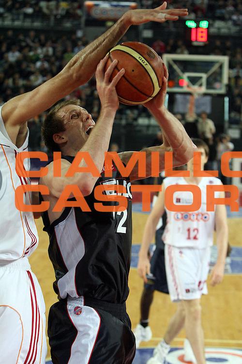 DESCRIZIONE : Roma Lega A1 2006-07 Lottomatica Virtus Roma Eldo Napoli<br /> GIOCATORE : Rocca<br /> SQUADRA : Eldo Basket Napoli<br /> EVENTO : Campionato Lega A1 2006-2007 <br /> GARA : Lottomatica Virtus Roma Eldo Napoli<br /> DATA : 25/03/2007 <br /> CATEGORIA : Tiro Penetrazione<br /> SPORT : Pallacanestro <br /> AUTORE : Agenzia Ciamillo-Castoria/E.Castoria<br /> Galleria : Lega Basket A1 2006-2007 <br /> Fotonotizia : Roma Campionato Italiano Lega A1 2006-2007 Lottomatica Virtus Roma Eldo Napoli<br /> Predefinita :