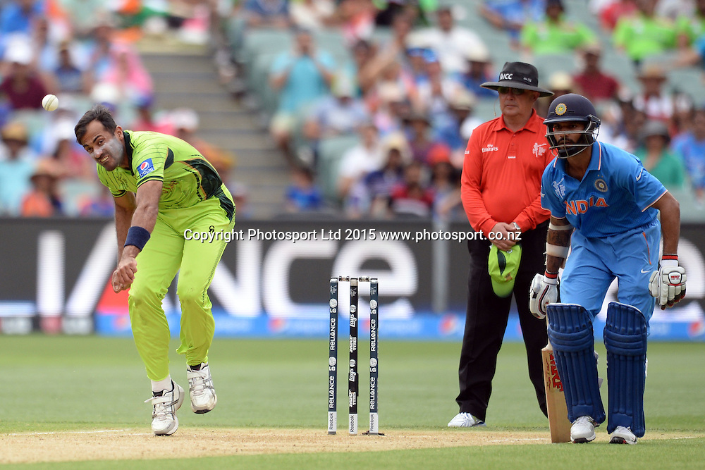 Pakistan bowler Wahab Riaz into his delivery stride during the ICC Cricket World Cup match between India and Pakistan at Adelaide Oval in Adelaide, Australia. Sunday 15 February 2015. Copyright Photo: Raghavan Venugopal / www.photosport.co.nz