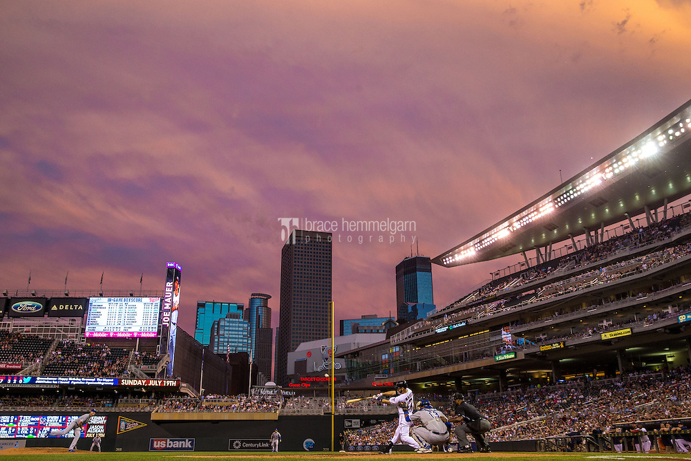 MINNEAPOLIS, MN- JUNE 09: A general view of Target Field as Joe Mauer #7 of the Minnesota Twins bats against the Kansas City Royals on June 9, 2015 at Target Field in Minneapolis, Minnesota. The Royals defeated the Twins 2-0. (Photo by Brace Hemmelgarn) *** Local Caption *** Joe Mauer