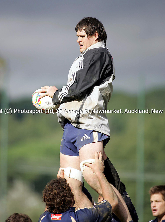 Norm Maxwell in action during training at the Capitolina rugby club in Rome Wednesday November11, 2004, as the team prepare for the New Zealand V Italy rugby test, Saturday.<br /><br /><br />PHOTO: Paul Thomas/PHOTOSPORT.