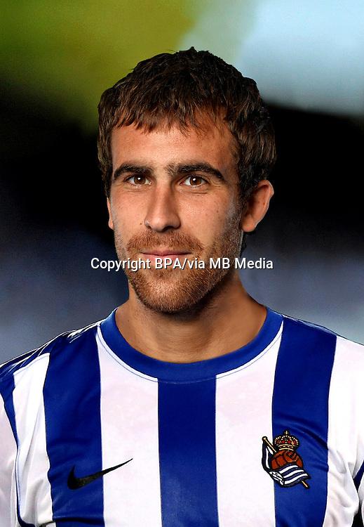 Mikel González   ( Real Sociedad )