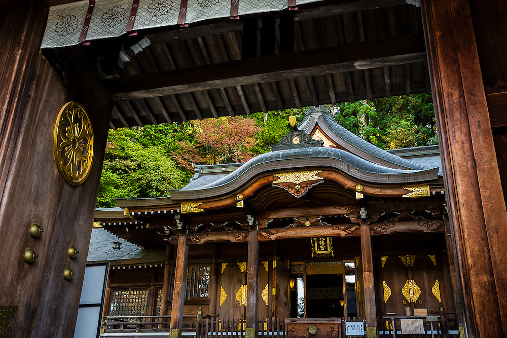 The entrance gate to Sakurayama Hachimangu shrine in Takayama