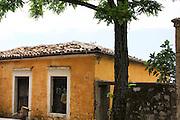 Albania, Vuno