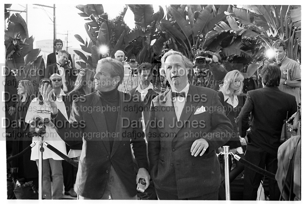 PETER BEARD; GRAYDON CARTER, Vanity Fair Oscar night party. Mortons, Los Angeles. 25 March 1996. SUPPLIED FOR ONE-TIME USE ONLY> DO NOT ARCHIVE. © Copyright Photograph by Dafydd Jones 248 Clapham Rd.  London SW90PZ Tel 020 7820 0771 www.dafjones.com