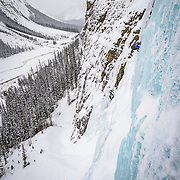 Ice climbers on the Lower Weeping Wall WI4-5 on the Icefields Parkway