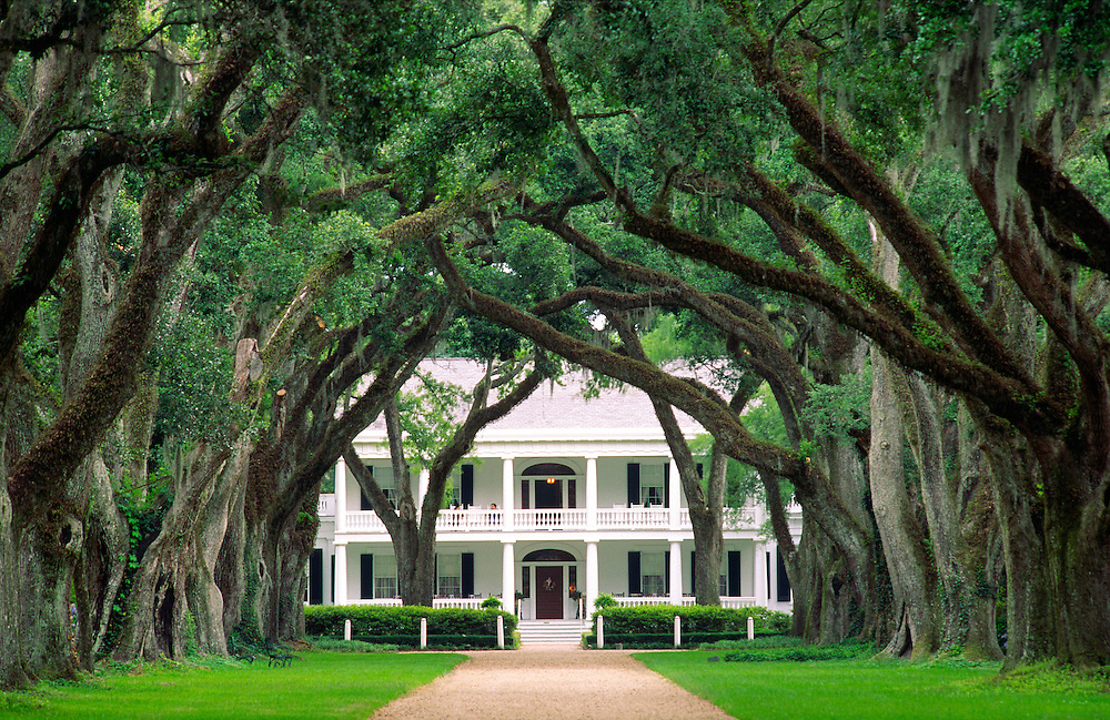 Rosedown plantation antebellum mansion house near the town of Francisville, Louisiana, USA.