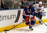 Brendan Shanahan of the New York Rangers brings the puck around the back of the goal against the Washington Capitals  at Madison Square Garden in New York Thursday 05 October 2006.<br />