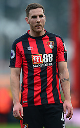 Dan Gosling of Bournemouth - Mandatory by-line: Alex James/JMP - 14/01/2018 - FOOTBALL - Vitality Stadium - Bournemouth, England - Bournemouth v Arsenal - Premier League